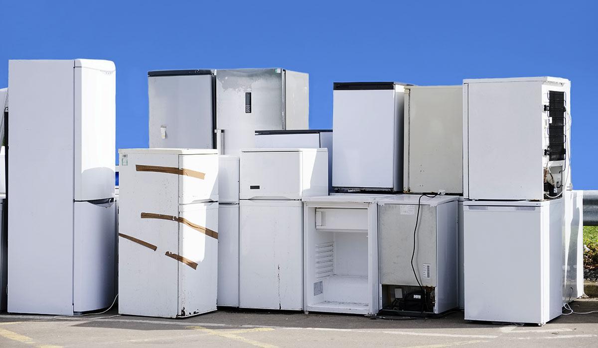 Recycling fridges